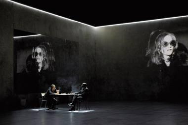 "Scena iš spektaklio ""Fedra(os)"". Pascalio Victoro nuotrauka iš theatre-odeon.eu"
