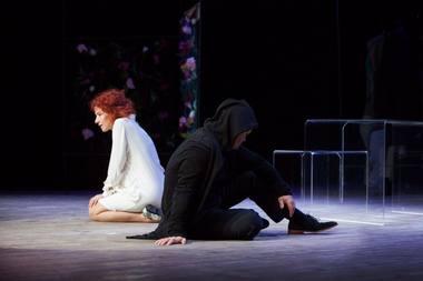 """Scena iš spektaklio """"Pakalnučių metai"""". Rengėjų archyvo nuotrauka"""