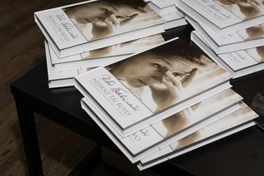 """Knyga apie Rūtą Staliliūnaitę """"Nejaugi tai buvo: straipsniai, pokalbiai, laiškai"""". Alekso Kaminsko nuotrauka"""