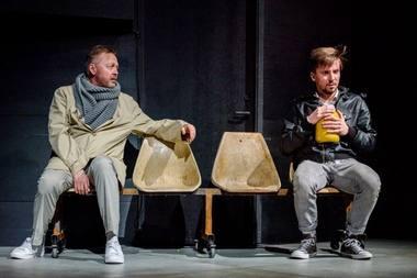 Bitininkas - Darius Meškauskas ir Poetas - Jonas Baranauskas. Algio Kubaičio nuotrauka