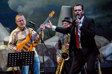 Pjesės autorius, muzikantas, poetas Gintaras Grajauskas ir Vadybininkas (Arnoldas Eisimantas). Algirdo Kubaičio nuotrauka
