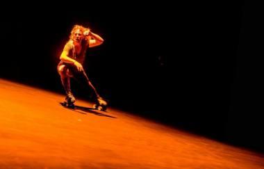 """Angela Wand spektaklyje """"Sužeisti gyvūnai"""". Dmitrijaus Matvejevo nuotrauka"""