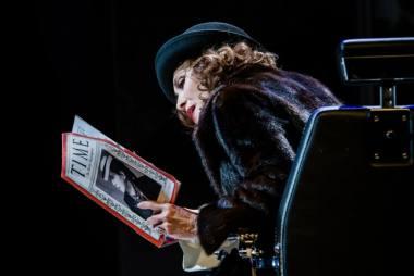 """Inga Maškarina spektaklyje """"Madam Rubinštein"""". Lauros Vansevičienės nuotrauka"""