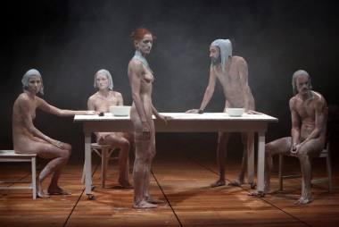 """Scena iš spektaklio """"Be pavadinimo: Persona"""". U. Kaufmann nuotrauka"""
