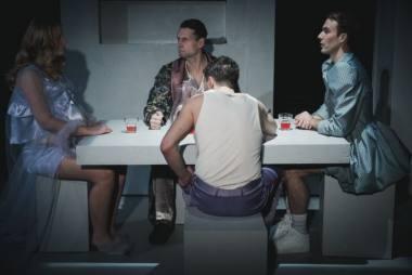 """Scena iš spektaklio """"Iš kūno ir kraujo"""". Donato Stankevičiaus nuotrauka"""