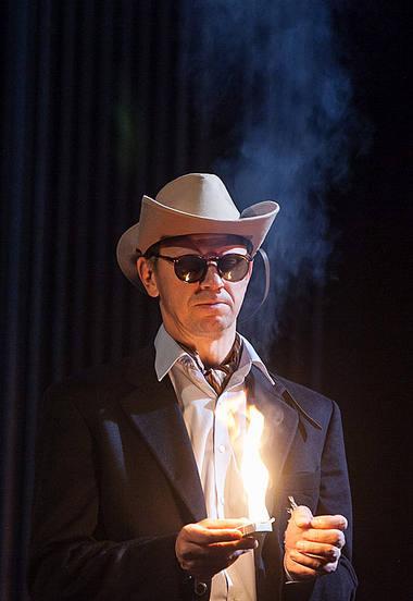 """Rolandas Kazlas spektaklyje """"Atrask mane"""". Dainiaus Labučio nuotrauka"""