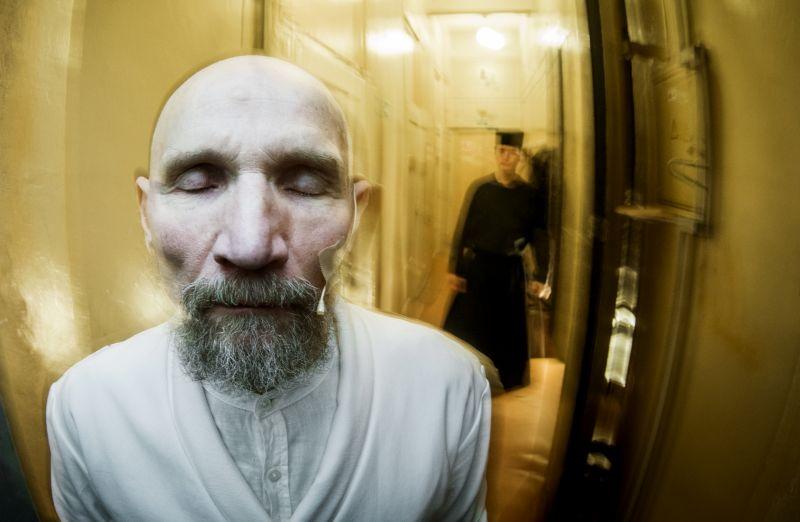 Gediminas Sederevičius teatro užkulisiuose. Dmitrijaus Matvejevo nuotrauka