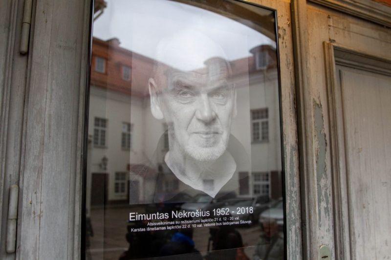 """2018 m. lapkričio 21 d., """"Meno forto"""" durys. Irmanto Gelūno (15min.lt) nuotrauka"""