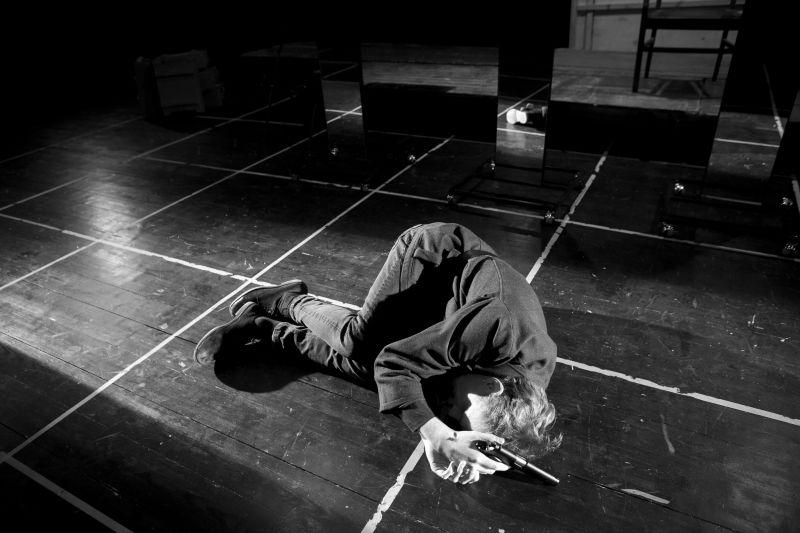 """Spektaklio """"Trojietės"""" repeticija. Donato Stankevičiaus nuotrauka"""