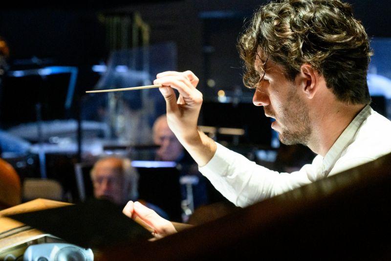 LNOBT vyriausiasis dirigentas Ričardas Šumila. Martyno Aleksos nuotrauka