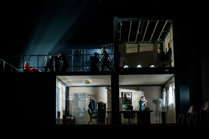 """Scena iš spektaklio """"Pabudimas"""". Lauros Vansevičienės nuotrauka"""