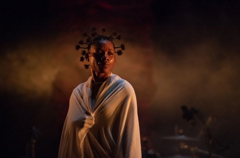 "Scena iš spektaklio ""Kirina"". Philippe'o Magoni nuotrauka"