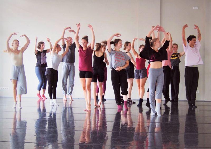 Vasaros šokio mokykla. Lietuvos šokio informacijos centro archyvo nuotrauka