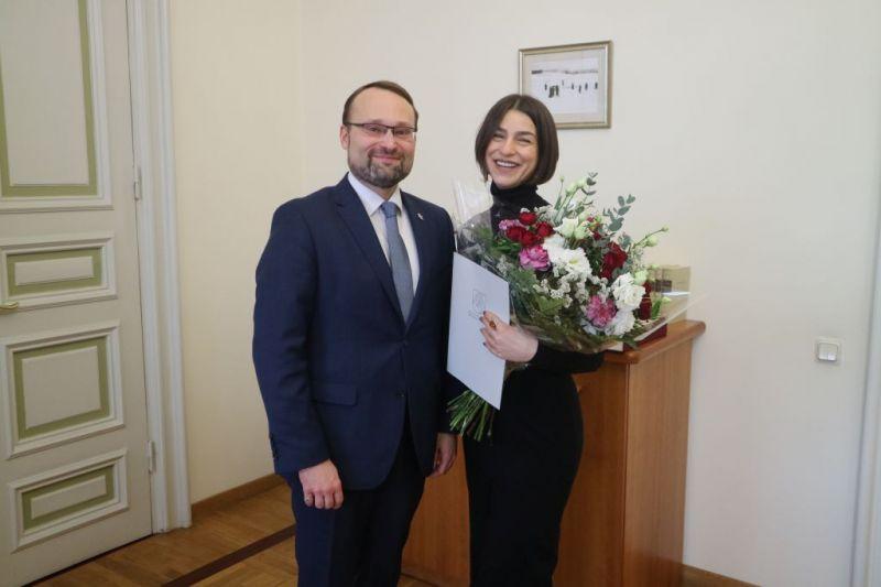 Kultūros ministras Mindaugas Kvietkauskas ir operos solistė Asmik Grigorian. Nuotrauka iš Kultūros ministerijos archyvo