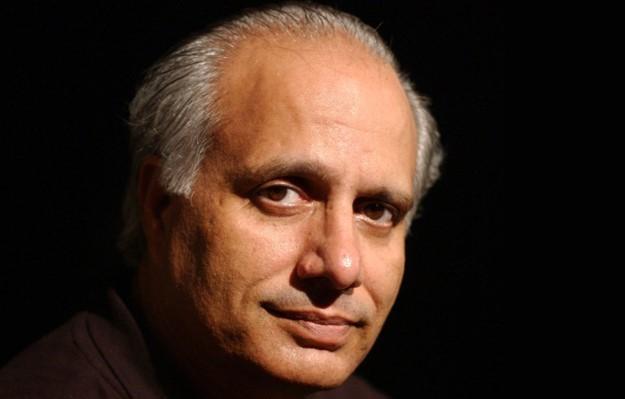 """Shahidas Nadeemas - pakistaniečių dramaturgas, """"Ajoka"""" teatro vadovas."""