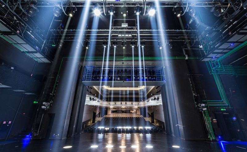 NKDT Didžiosios scenos LED apšvietimas. Nuotrauka iš NKDT archyvo
