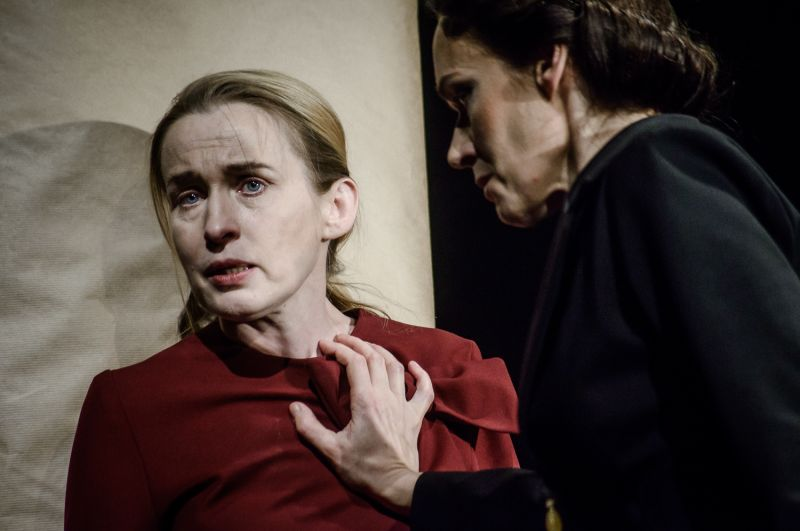 Aušra Pukelytė (Motina) ir Aldona Bendoriūtė (Svetlana). Lauros Vansevičienės nuotrauka