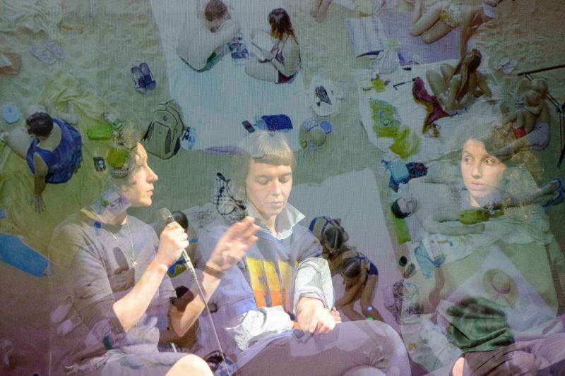 """Operos """"Saulė ir jūra"""" kūrėjos: dramaturgė Vaiva Grainytė, kompozitorė Lina Lapelytė ir režisierė Rugilė Barzdžiukaitė. Martyno Aleksos nuotrauka"""