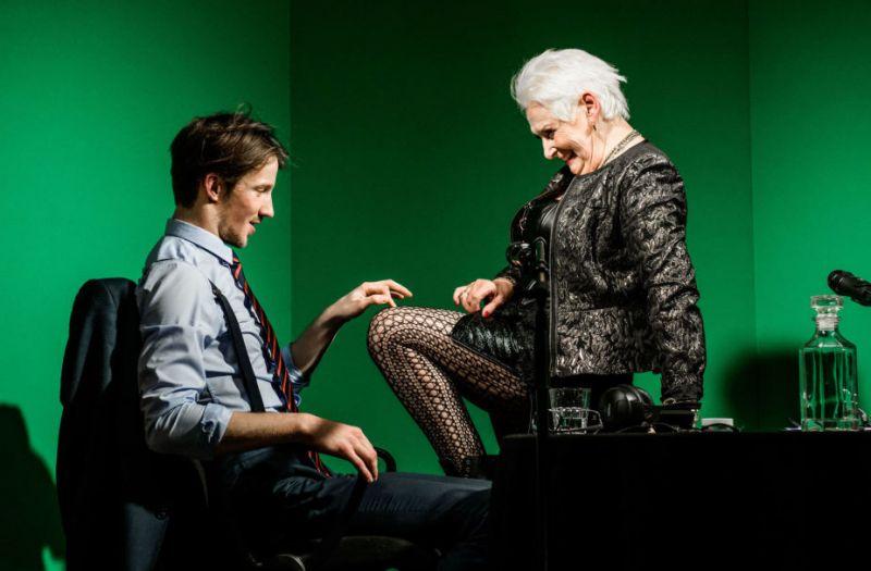 """Scena iš spektaklio """"Balkonas"""", režisierius Ericas Lacascade'as. Lauros Vansevičienės nuotrauka"""