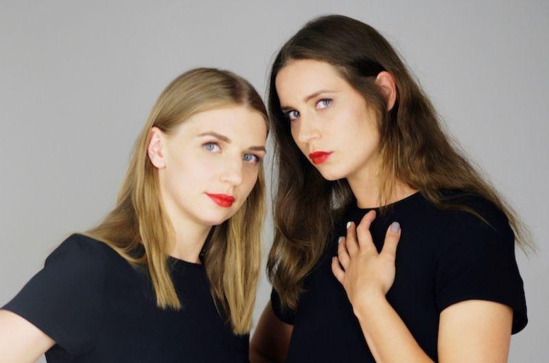 Šokėjos ir choreografės Agnietė Lisičkinaitė ir Greta Grinevičiūtė. Rengėjų archyvo nuotrauka
