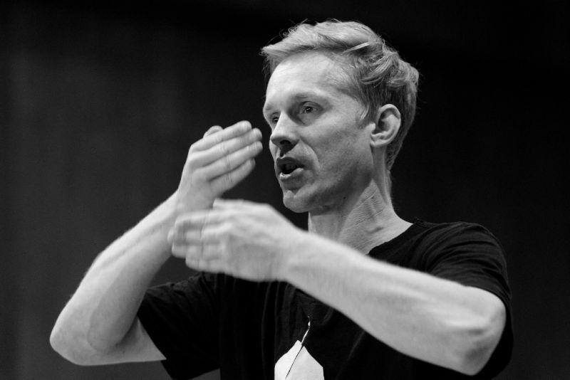 """Martynas Rimeikis repetuoja baletą """"Procesas"""". Martyno Aleksos nuotrauka"""