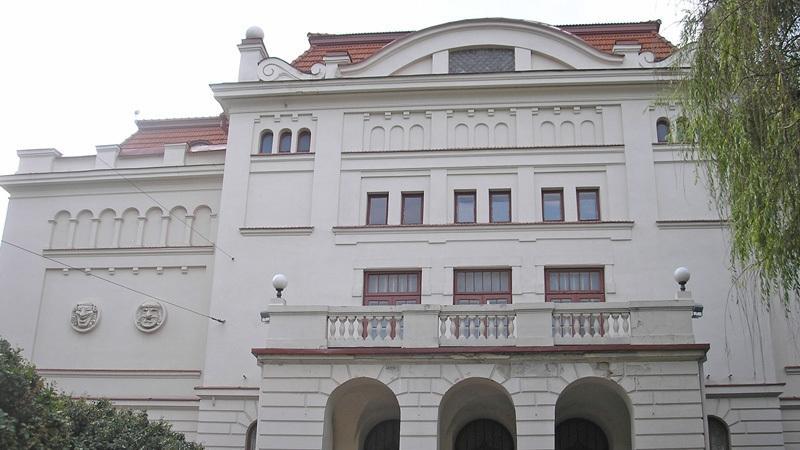 Lietuvos rusų dramos teatras veikia seniausiame teatrui skirtame Vilniaus pastate. Nuotrauka išlzinios.lt