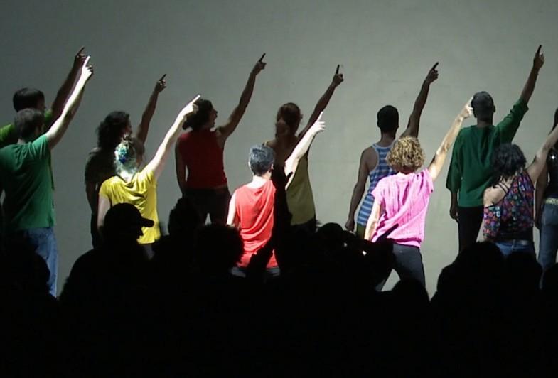 """Ispanas Pere Faura kviečia į ritualinę, ekstazę primenančią kelionę – šokio spektaklį """"Saldi karštinė"""". Leeksonfilms nuotrauka"""