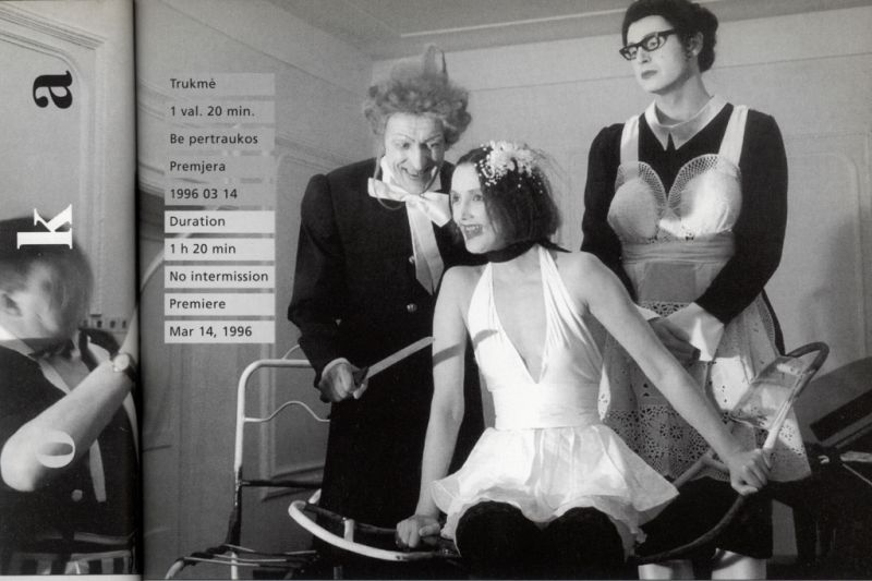 """Vidmanto Bartulio operoje pagal Eugène´o Ionesco pjesę """"Pamoka"""" - Valentinas Masalskis, Audronė Paškonytė ir Robertas Vaidotas. Puslapis iš """"Kaitos taško"""" bukleto"""